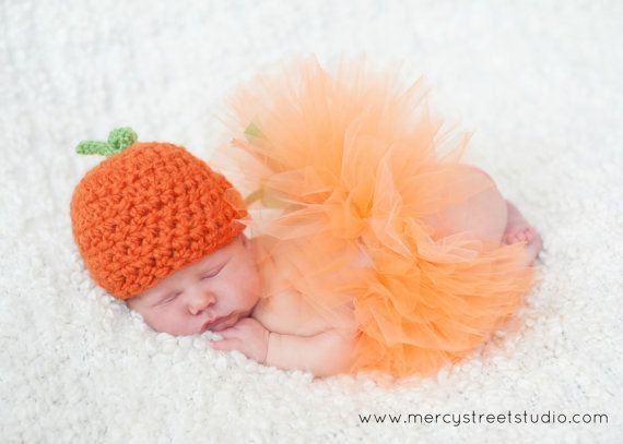 Little Pumpkin Tutu and Hat Outfit - Newborn Halloween Costume for Infant Baby Girl - Orange October Baby Shower Photography Prop