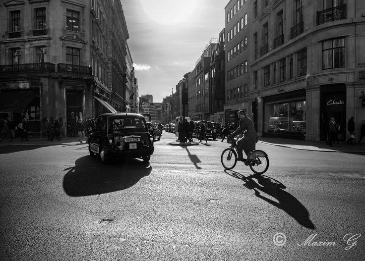 #london #taxi #regentstreet #shops #maximg_photography