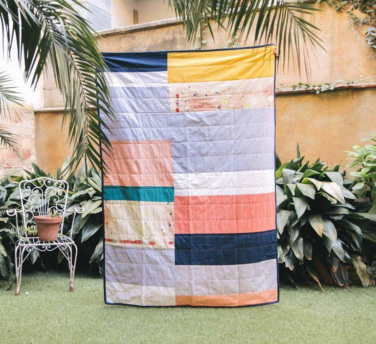 Manta de patchwork contemporáneo para hogares únicos.
