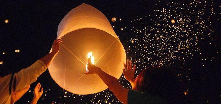 Il Festival delle Lanterne o Loi Krathong in Thailandia