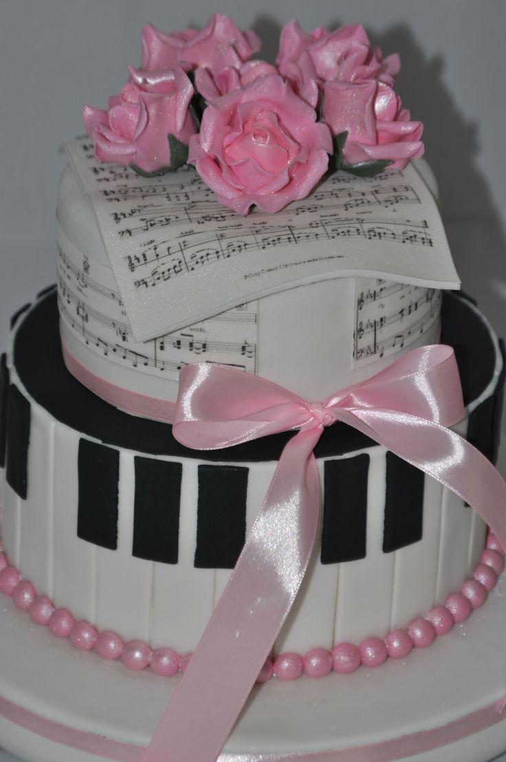 Music & Roses Cake