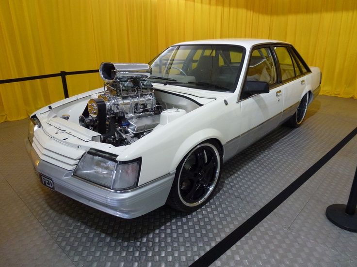 ◆ Visit MACHINE Shop Café... ◆ ~ Aussie Custom Cars & Bikes ~ Wild Blown Holden VK Commodore