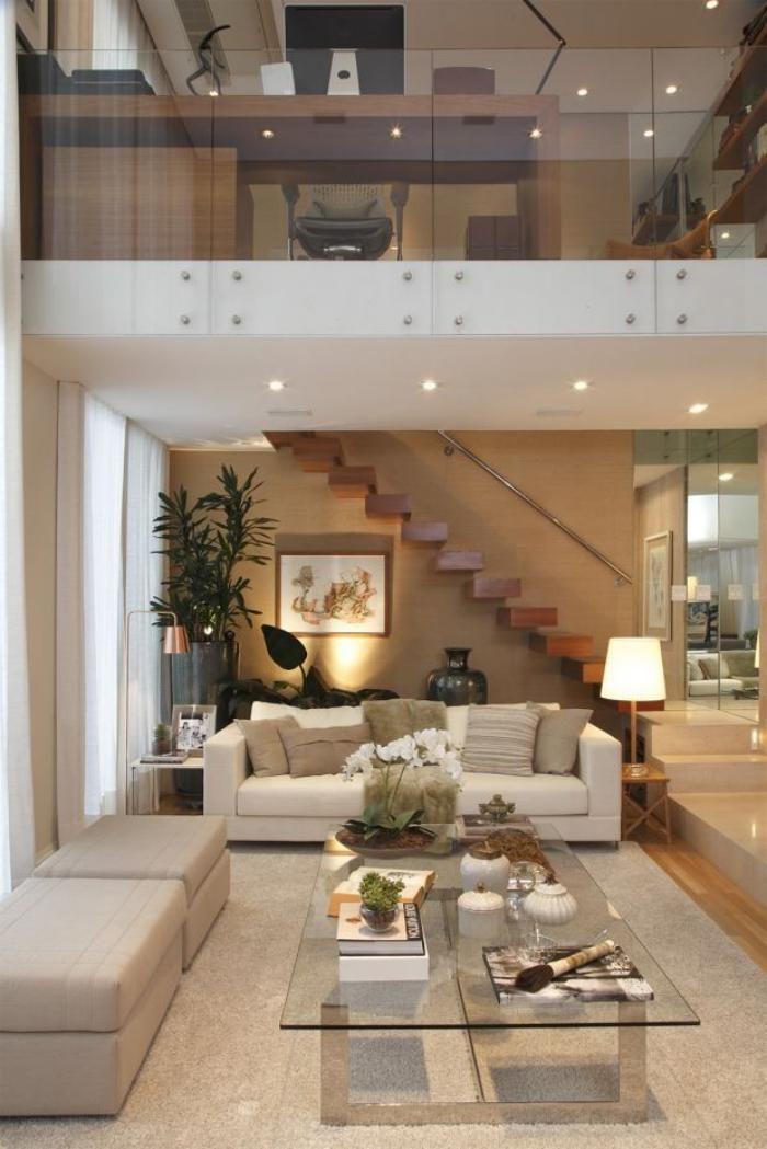 garde corps mezzanine en verre, intérieur magnifique en couleur beige