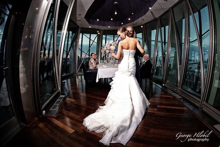 Wedding photography Prague - Bride and groom first dance - Wedding reception at Dancing House in Prague