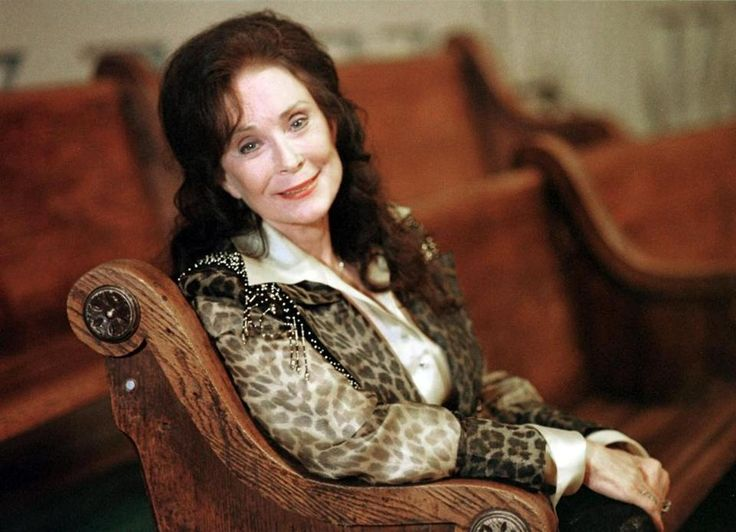 Grand Ole Opry to Celebrate Loretta Lynn's 50th Anniversary on September 25