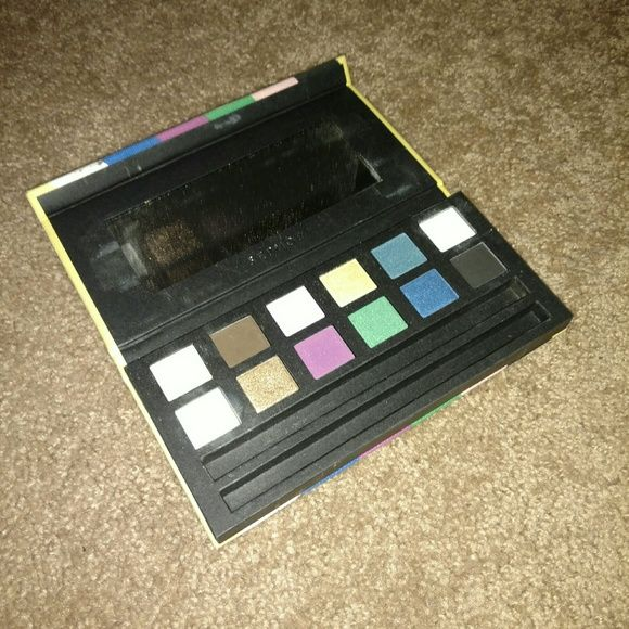 Sephora makeup palette Barely used sephora makeup palette. Some shades have never been used. Case is fabric, a little dirty from makeup bag but shadows are in great condition Sephora Makeup Eyeshadow