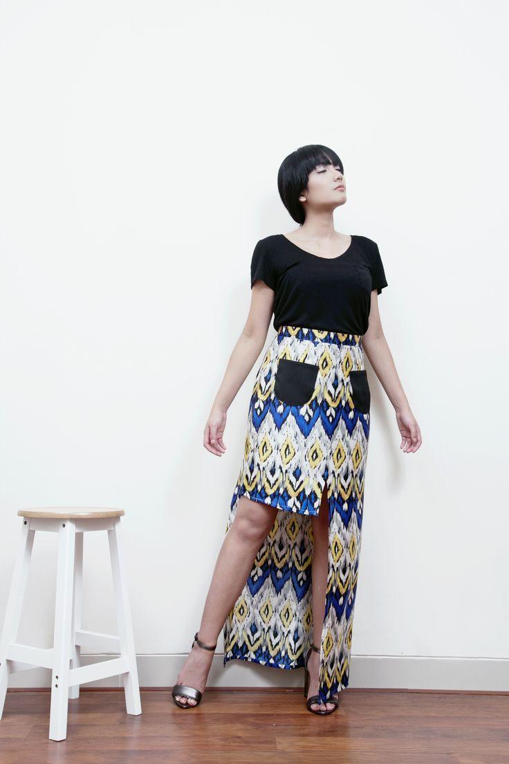 Mori Slit-Front Maxi  Skirt