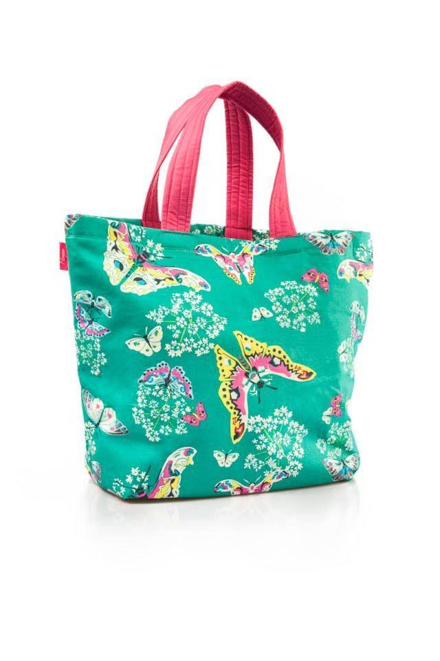 Saco de Praia Butterfly  Dimensões: Largura 53 cm x Altura 40 cm  As alças do saco são personalizáveis em dois tamanhos...Alça de mão e ombro.