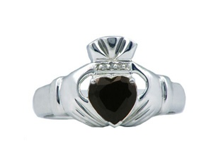 Diamond and Black Onyx Men's White Gold Claddagh Ring Gemologica.com offers a large selection of Irish Claddagh Symbol Rings in Sterling Silver, 10K, 14K and 18K yellow, rose and white gold with birthstones and gemstones and wedding and engagement rings for men and women. Women's claddagh rings at www.gemologica.com/claddagh-rings-c-27_307.html Men's claddagh rings at www.gemologica.com/mens-claddagh-rings-c-28_46_17