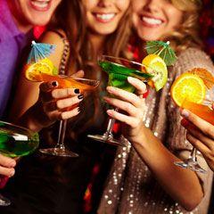 Aceste cocktailuri imbina bauturi naturale si sanatoase, dar si ingrediente hidratante si nutritive.