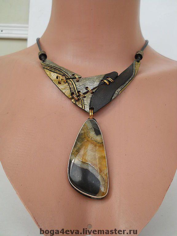 Купить Гривна РИМСКИЕ КАНИКУЛЫ - авторская работа, украшения ручной работы, аксессуар, натуральные камни