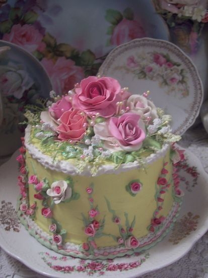 (LEMONSHERBERT) Shabby Cottage Rose Decorated Fake Cake Charming!!!