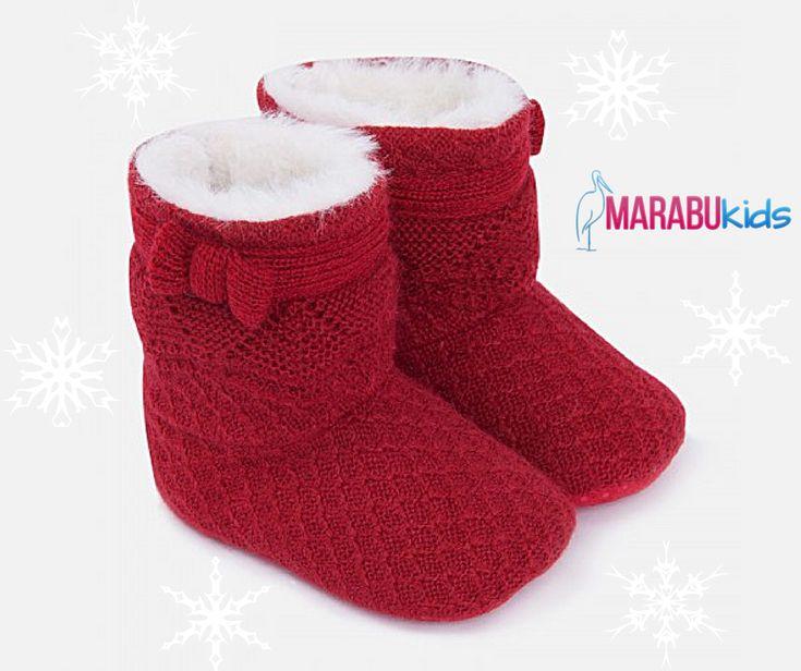 Iarna asta se poartă roșul! Cizmulițele din tricot pentru fetițe vor adăuga o pată de culoare întregii ținute! ❣  #MarabuKids #Mayoral #cizme #tricot #fetite