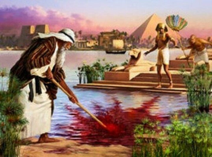 Moses turns the Nile River to blood by means of God's spirit.
