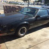 1986 Chev Camero V6 Automatic clean title fresh out of the police impound   1600. can ship nationwide     runs great   415-987-6706