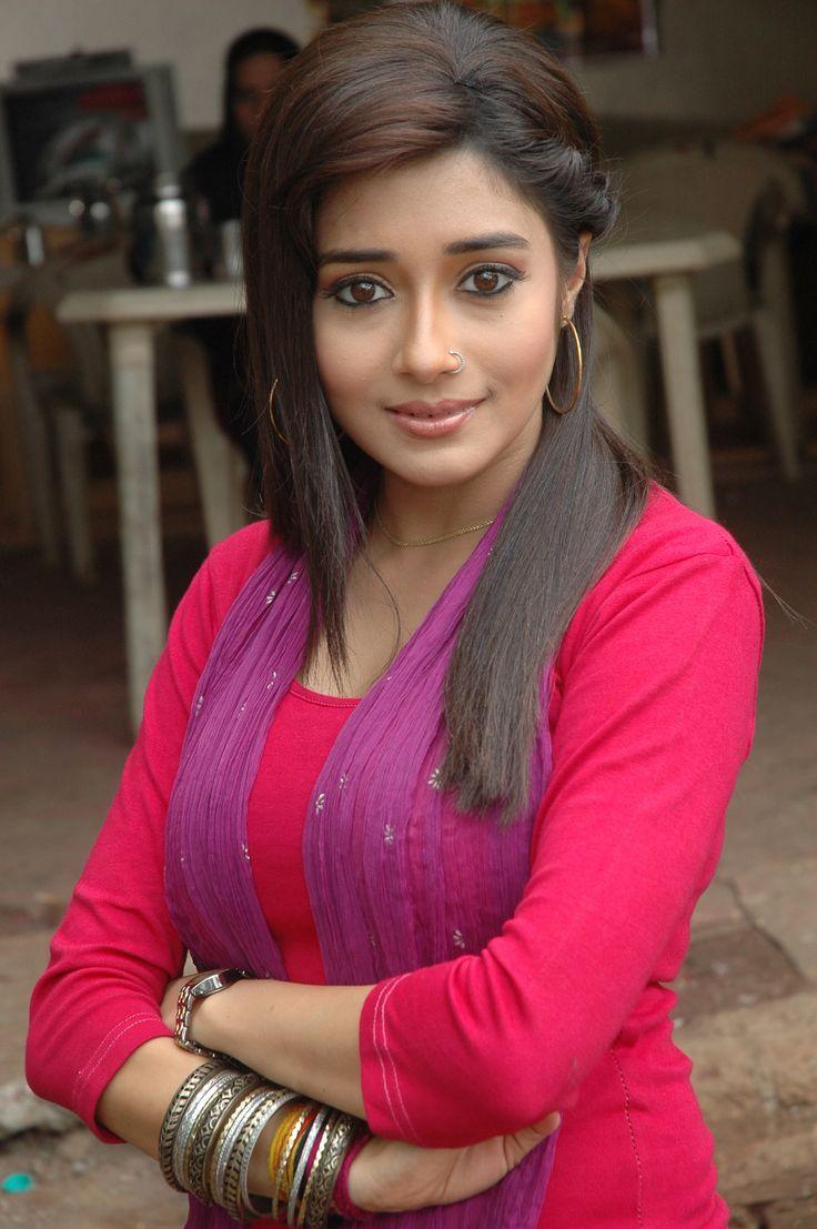 Tina Dutta aka Ichcha http://www.idubba.com/tv-serials/uttaran-colors/35
