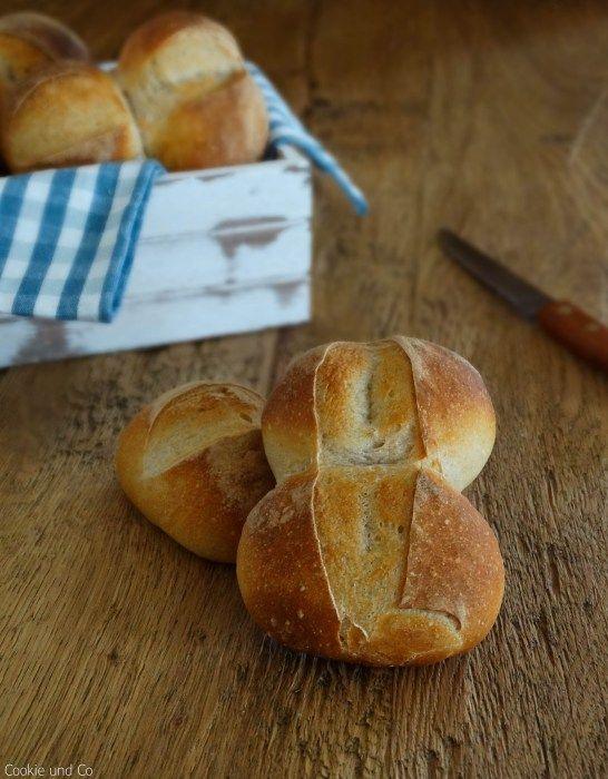 Doppelwecken mit Buttermilch: Doppelter Brötchen-Genuss, nicht nur zum Frühst...