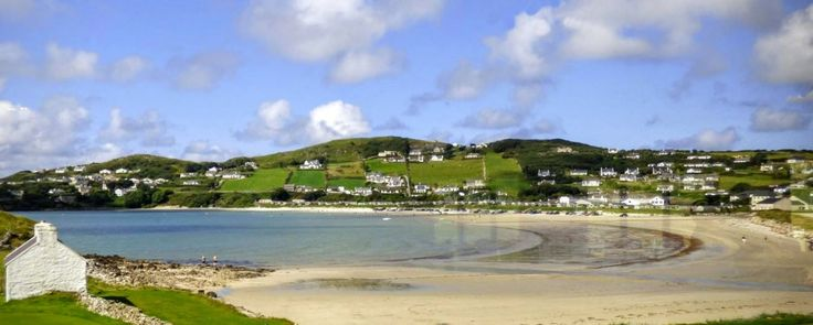 Downings is a lovely seaside village located amid the spectacular scenery of north Donegal. The village is blessed with superb beaches and has fine views across Sheephaven Bay to the Ards peninsula