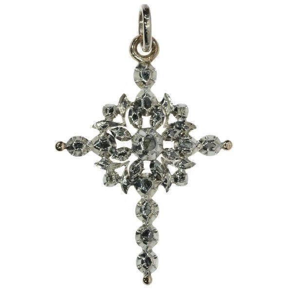 Online veilinghuis Catawiki: Zilver en gouden Victoriaanse hanger met diamanten - Vlaams kruis uit ca. 1850