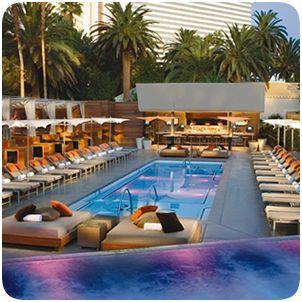 Why I Always Return to Vegas - http://lechicgeek.boardingarea.com/why-i-always-return-to-vegas/? utm_sourcemedium=Pinterest