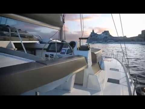 #video Discover the NEW 42 Fountaine Pajot sailing catamaran