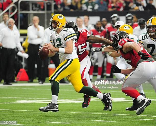 Aaron Rodgers Of The Green Bay Packers Passes Against The Atlanta Falcons At The Georgia Dome On November 28 2010 In Atlanta Georg Georgia Dome Packers Falcons