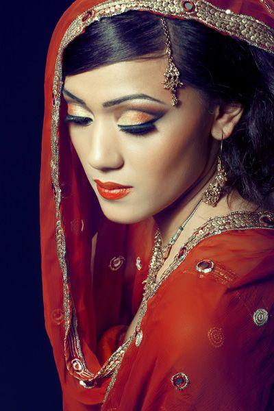 épilation au fil à Parris (75), esthétique indienne en Ile de France - Beauty Queen