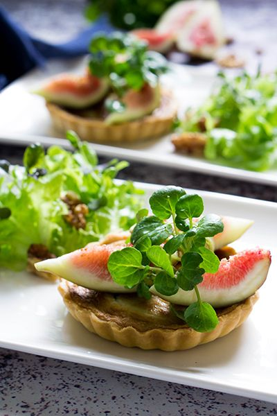 Gorgonzola Tart with Fig and Walnut Salad | First Course for Two
