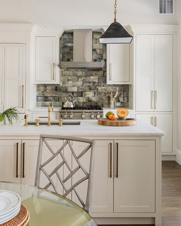 white shaker cabinets minimalist style kitchen cabinets modern white kitchen ideas white shaker cabs with crown moulding