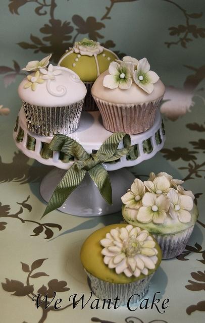 { ☂ Petit Gateau   #Cupcakes ... }