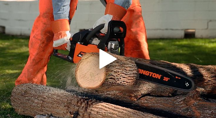 View a full list of gas chainsaw parts and get tips on starting and stopping your chainsaw. Get more chainsaw safety and maintenance tips from Remington.