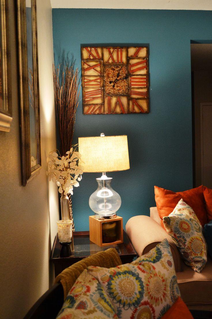 Dec 16, 2019 - Big Living Room With Beige Color Accent  #accent #beige #color