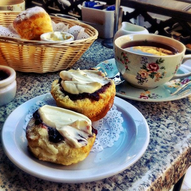 .@nicgentle | I seem to usually only have scones when I'm on holidays but I couldn't resist...