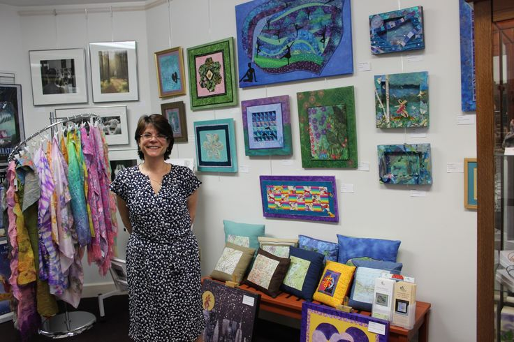 The Niche Gallery provides big support for local charities! A portion of the proceeds from each purchase at the gallery goes to a local charity of the artist's choice. Be sure to stop by The Niche Gallery to support the arts, support local and support charity! Find The Niche Gallery in the Collamer Building in Saratoga Springs. #shopsaratoga #ILoveSaratoga http://www.saratoga.org/visitors/shopping