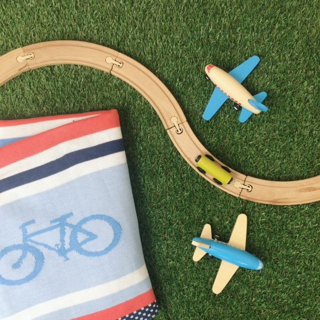 Planes, trains and bicycle blankets - Cycle Stripe blanket from Weegoamigo