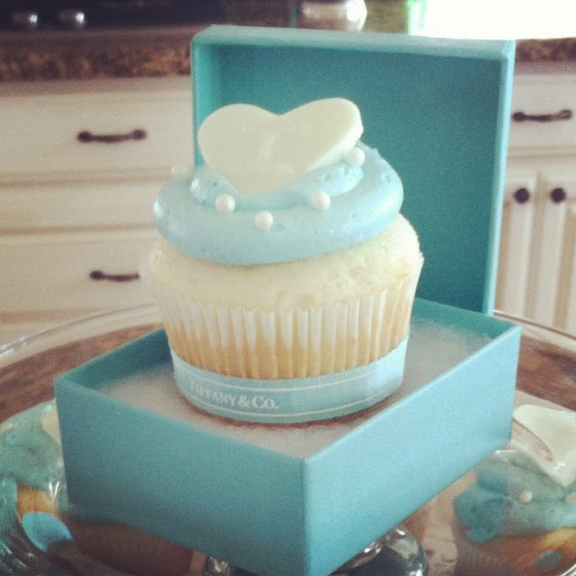 Tiffany inspired bridal party cupcakes  {by Natalie Evenson}
