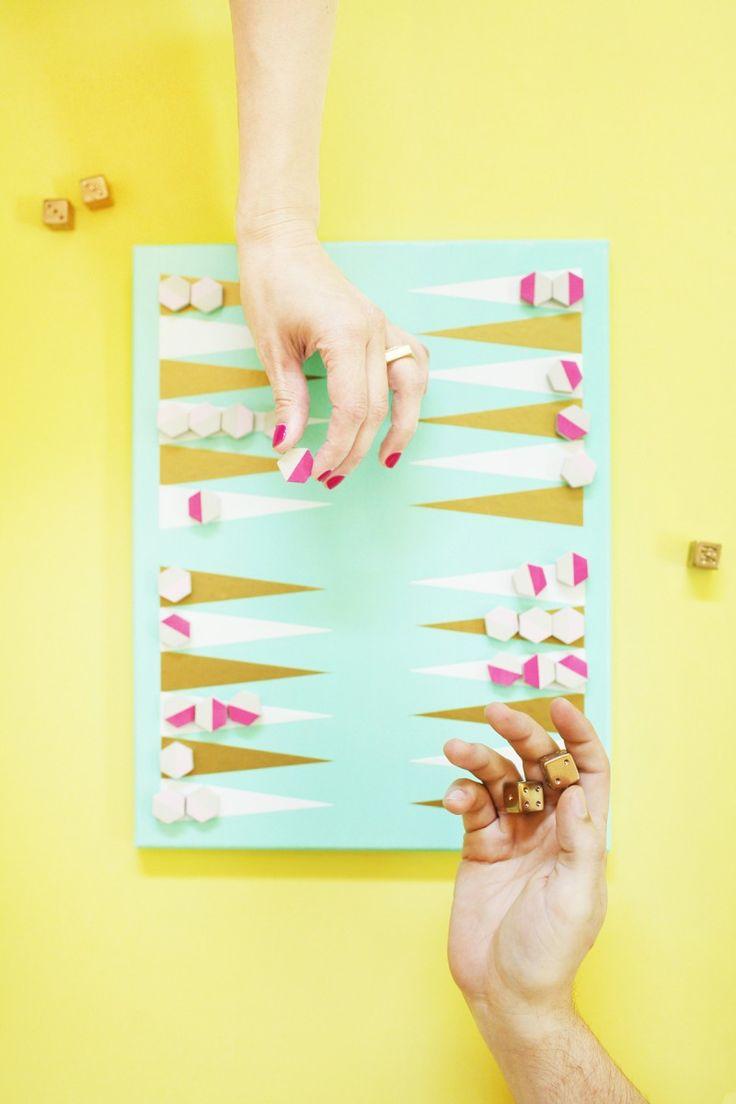 DIY pretty backgammon board and pieces ♥