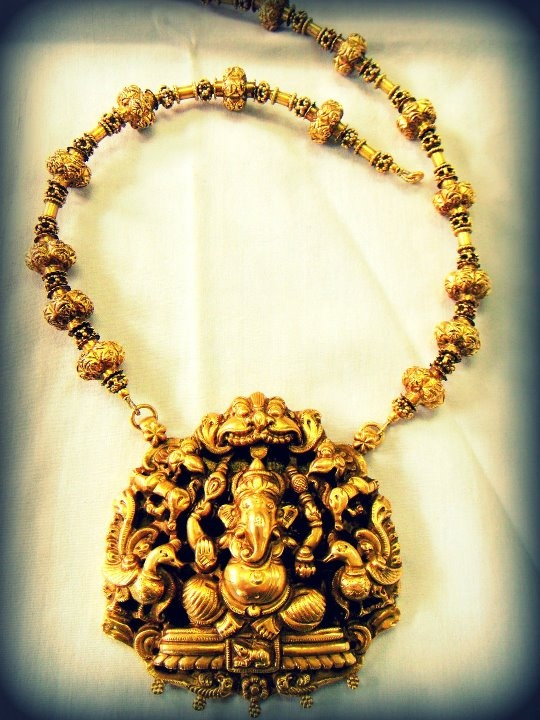 Temple Collection from Sayar Jewellery, Chennai.