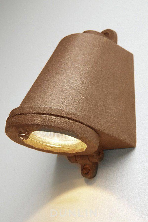 Mast Light LED Sandblasted Bronze