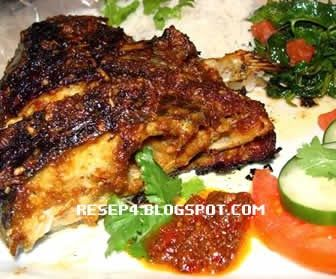 Resep Ikan Bakar Kuning Pedas http://resep4.blogspot.com/2013/12/resep-ikan-bakar-kuning-pedas.html Resep Masakan Indonesia