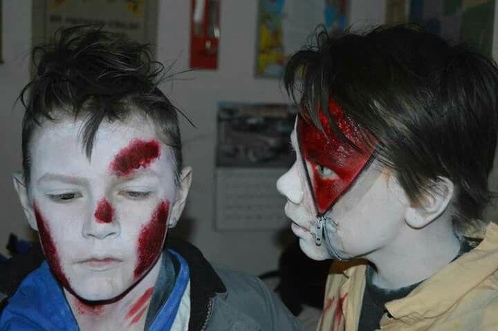 ⚪natta.lk @ instagram⚪ Maskerad Utklädnad Utklädnader  Blod Smink Sår Blixtlås Costume Costumes Makeup Wound Wounds Blood Zipper Zipperface Halloween