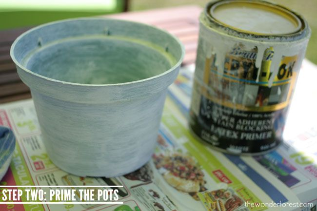 Faux Stone Painted Plastic Flower Pot Tutorial // Recycle Your Flower Pots! | Wonder Forest: Design Your Life.