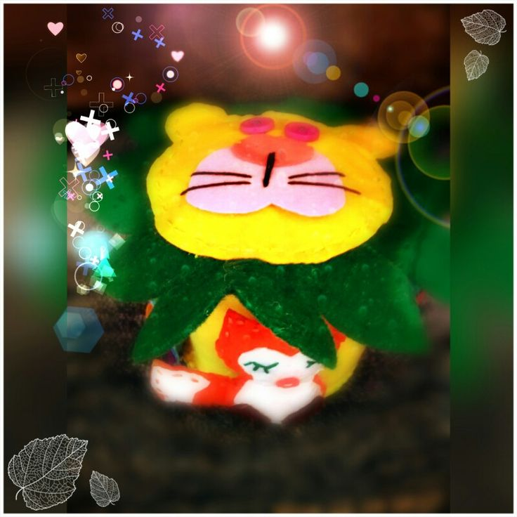 #fetru #handmade #craciun #cadou #moscraciun #jucarie #coronita #mosnicolae #sarbatori #decoratiuni #ornamente #felt #christmas #ornaments #decorations #toys #christmastree #santa #gift