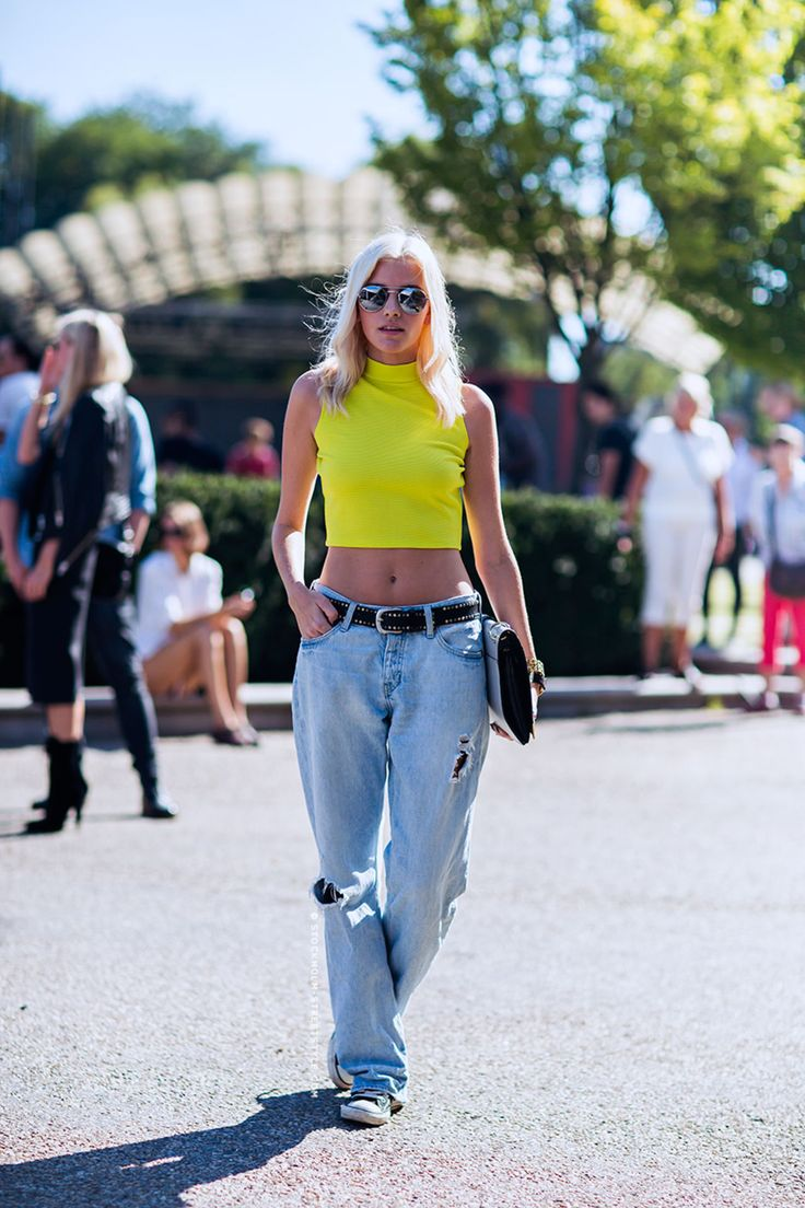 Top fashion trends of the 90s - Neon Crop Top 90 S Style