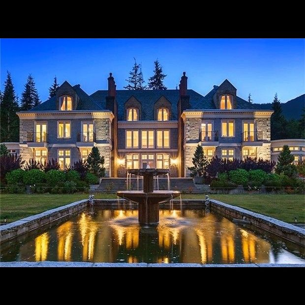 701 best beautiful dream homes images on pinterest for Beautiful million dollar homes
