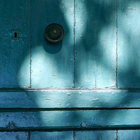 Tinos island, Greece  |  one photo a day  |  ph.no313, 11.07.2016   |   light on blue