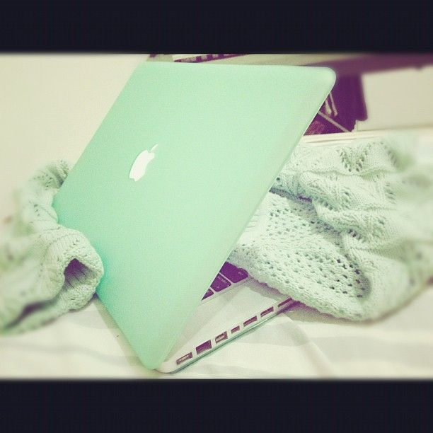 Mint MacBook Pro ``just ordered a mint macbook case for my macbook. can't wait``