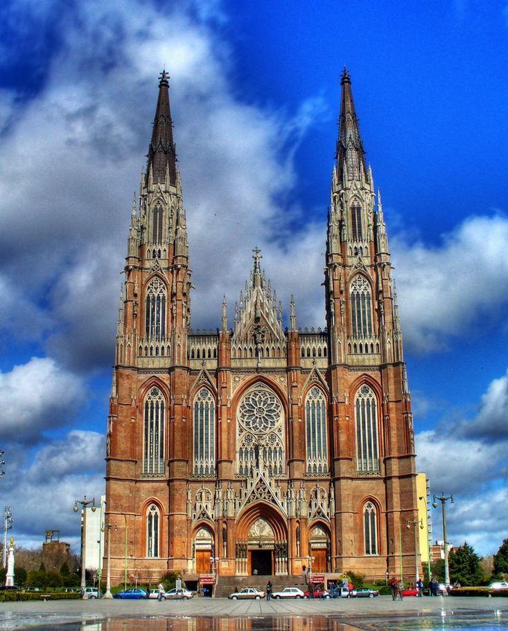 Catedral de la Ciudad de La Plata - Provincia de Buenos Aires - Argentina