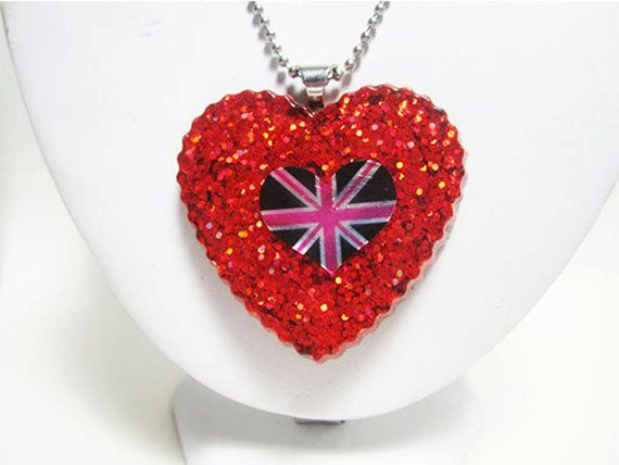 Patriot Of The Heart by ElizabethsPearlz on Etsy, $16.20