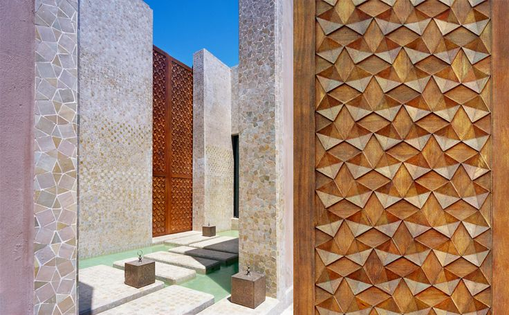Modern Moroccan Villa in Marrakech by Tupelo Arkitektur with Moroccan architect Abdelkarim el Achak